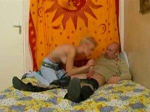 Blonde Tik Suger Underbart Porr Filmer - Blonde Tik Suger Underbart Sex